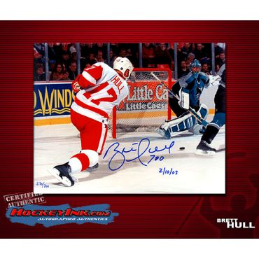 Brett Hull Goal 700 Limited Edition Detroit Red Wings 8 x 10 Autographed Photo