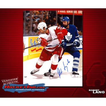 Robert Lang Red Wings 8 x 10 Autographed Photo