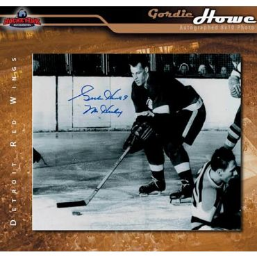 Gordie Howe  Autographed Detroit Red Wings 8 x 10 Photo