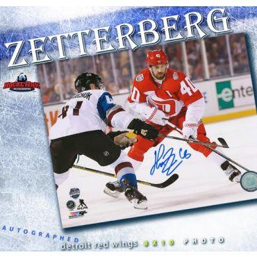 Henrik Zetterberg Detroit Red Wings 2016 Stadium Series 8 x 10 Autographed Photo
