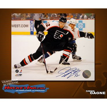 Simon Gagne Philadelphia Flyers 8 x 10 Autographed Photo