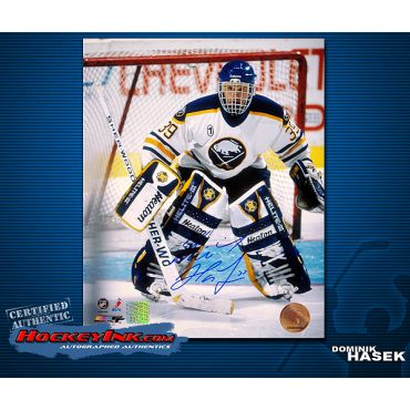 Dominik Hasek Buffalo Sabres 8 x 10 Autographed Photo