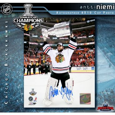 Antti Niemi with Stanley Cup Chicago Blackhawks 8 x 10 Autographed Photo