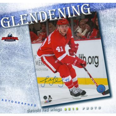 Luke Glendening Detroit Red Wings Autographed 8 x 10 Photo
