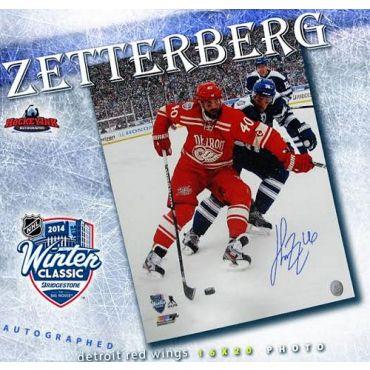 Henrik Zetterberg 2014 Winter Classic 16 x 20 Autographed Photo