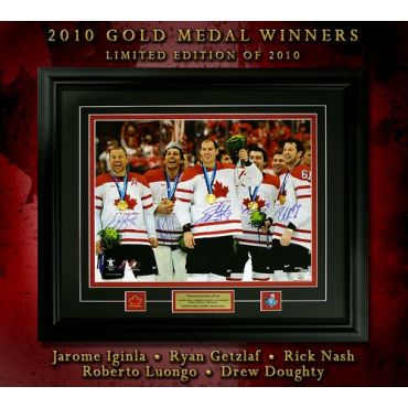 2010 Gold Medal Winners Team Canada Autographed Framed 16 x 20 Photo