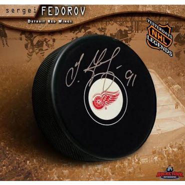 Sergei Fedorov Detroit Red Wings Autographed Hockey Puck