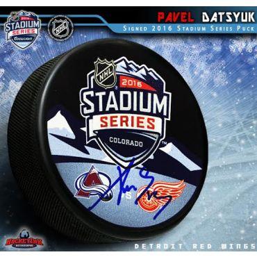 Pavel Datsyuk Autographed 2016 Stadium Series Logo Puck