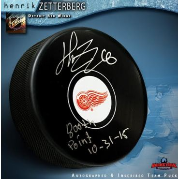 Henrik Zetterberg Autographed Detroit Red Wings Hockey Puck with 800th Point 10-31-15 Inscription