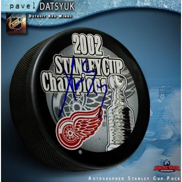 Pavel Datsyuk Autographed Detroit Red Wings 2002 Stanley Cup Champions Puck