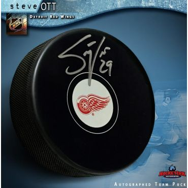 Steve Ott Autographed Detroit Red Wings Hockey Puck