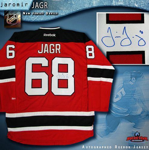 buy popular 1f577 0207f Jaromir Jagr New Jersey Devils Autographed Red Reebok Jersey