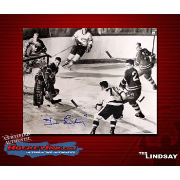 Ted Lindsay Autographed Detroit Red Wings 8 x 10 Photo
