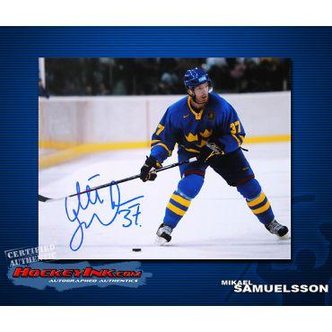 Mikael Samuelsson Sweden 8 x 10 Autographed Photo