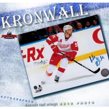 Niklas Kronwall Detroit Red Wings 8 x 10 Autographed Photo