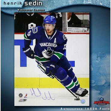 Henrik Sedin Vancouver Canucks Autographed 16 x 20 Photo